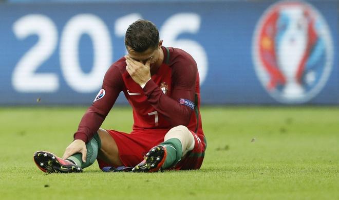 Ronaldo khoc nghen vi chan thuong hinh anh 9
