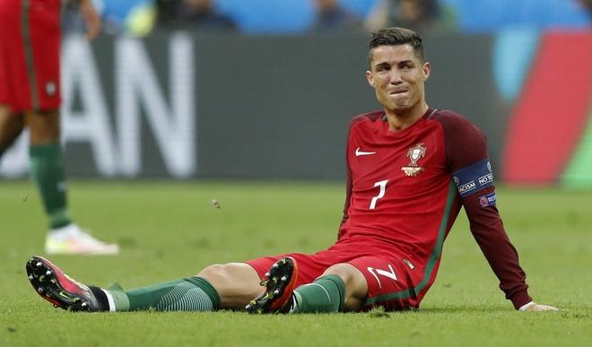 Ronaldo khoc nghen vi chan thuong hinh anh 6