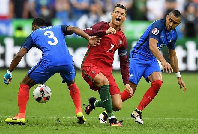 Payet bi cam ghet vi lam Ronaldo chan thuong hinh anh