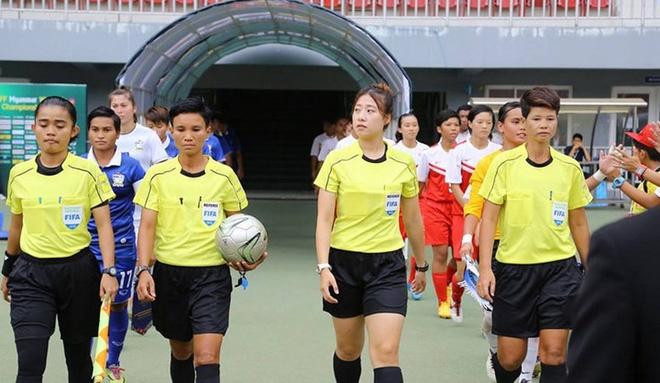 Nhan sac nu trong tai bi tan cong o tran Viet Nam vs Myanmar hinh anh 1