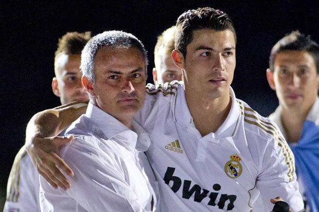Ronaldo dap tra chi trich cua Mourinho hinh anh