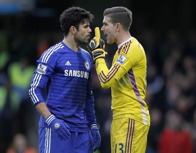 Diego Costa dap vao chan thu mon West Ham hinh anh 6