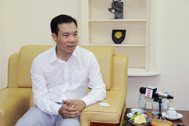 Hoang Xuan Vinh tra loi Tan Hoa Xa anh 1