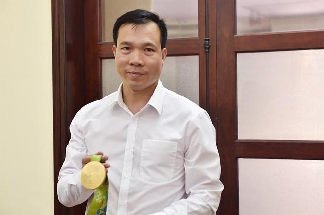 Hoang Xuan Vinh tra loi Tan Hoa Xa anh 2