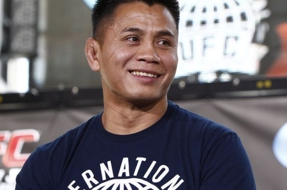 Vo si goc Viet Cung Le len tieng ve su boc lot cua UFC hinh anh 1