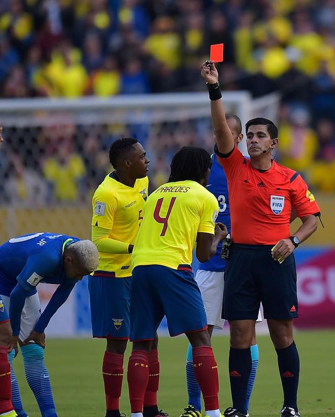 Neymar ghi ban va kien tao, Brazil thang o do cao 3.000 met hinh anh 8