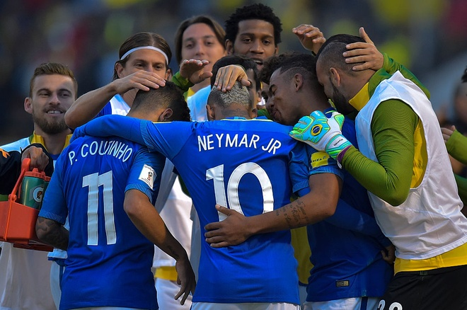 Neymar ghi ban va kien tao, Brazil thang o do cao 3.000 met hinh anh 10