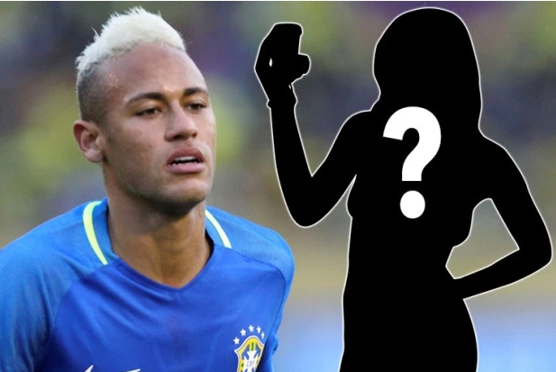 Gia mao Neymar lua fan nu gui anh khoa than roi tong tien hinh anh