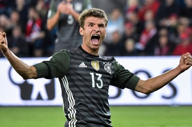 Cau thu Bayern ghi ca 3 ban, tuyen Duc khoi dau suon se hinh anh