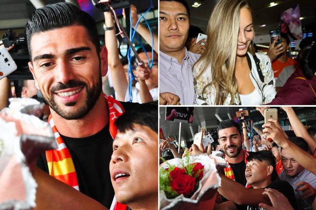 Graziano Pelle chan ngan Trung Quoc hinh anh 1