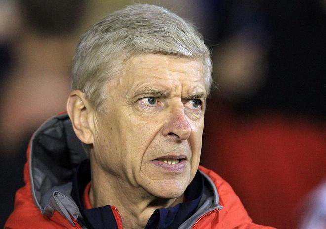 Doi cua 'Lord' Bendtner bi Arsenal huy diet hinh anh 2