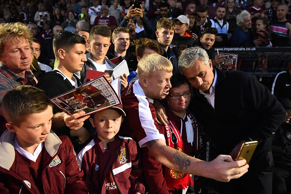 Mourinho chi trich trong tai anh 1