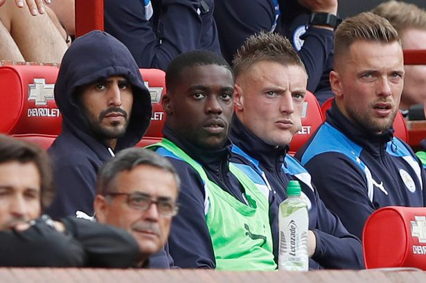 Ranieri tuyen bo dau hang ngay sau hiep mot hinh anh 1