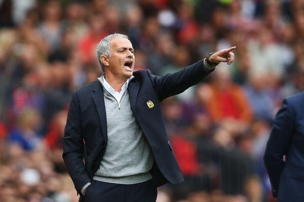 tran MU vs Leicester anh 1