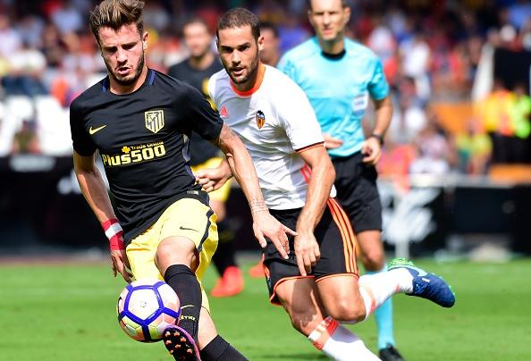 Atletico thang Valencia du da hong 2 qua phat den hinh anh 6