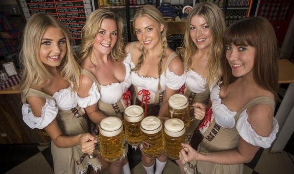 Bolt do suc voi sao Bayern o le hoi bia lon nhat the gioi hinh anh 17