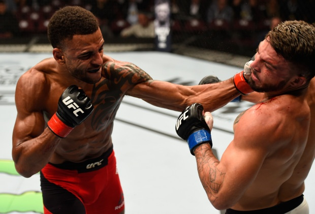 Highlight Mike Perry vs Danny Roberts hinh anh