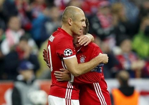 Robben ruc sang, Bayern cat mach 3 tran khong thang hinh anh