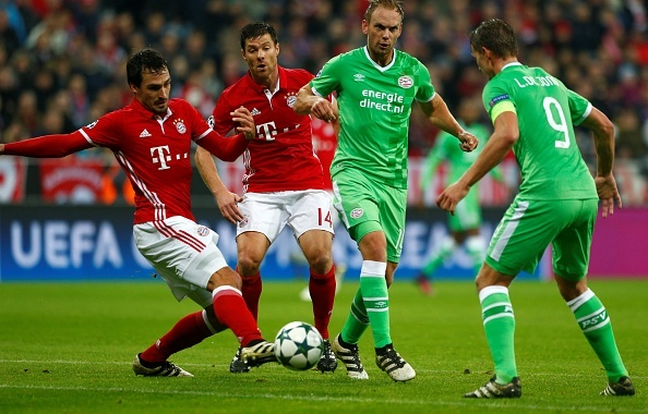 Tran Bayern vs PSV anh 2
