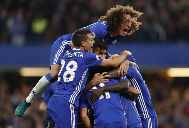 Thong ke the tham cua MU khi thua Chelsea 0-4 hinh anh 9
