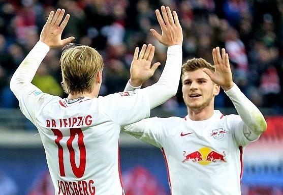 Hai hien tuong la doi thong tri top dau Bundesliga hinh anh