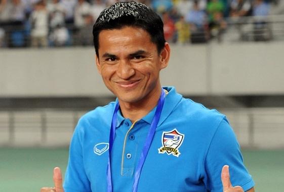 Kiatisak thach thuc chu nha thang Thai Lan hinh anh