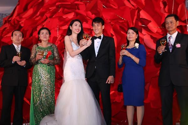 Cong Vinh dang video mung sinh nhat vo tu Myanmar hinh anh 1