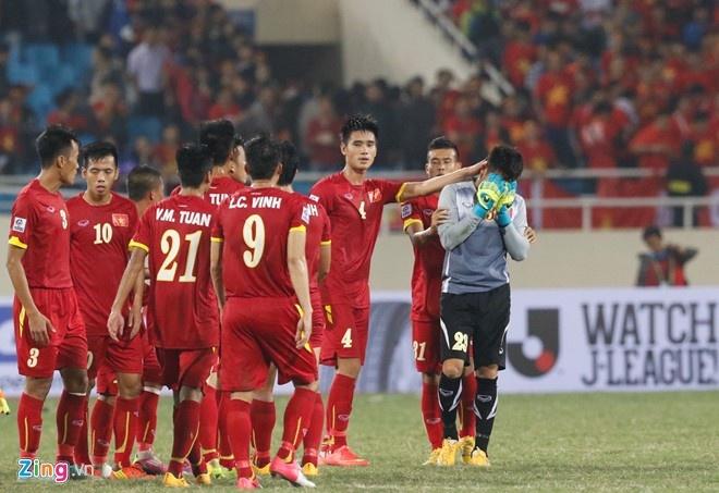Nam 2014, Nguyen Manh cung mac sai lam truoc Indonesia hinh anh 1