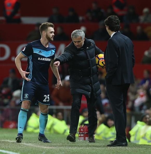 Jose Mourinho dung chieu cau gio lo lieu hinh anh 3