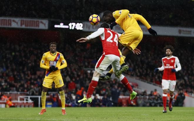 Tran Arsenal vs Crystal Palace anh 7