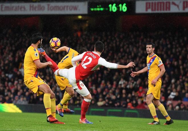 Tran Arsenal vs Crystal Palace anh 4