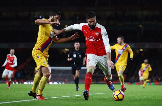 Tran Arsenal vs Crystal Palace anh 9