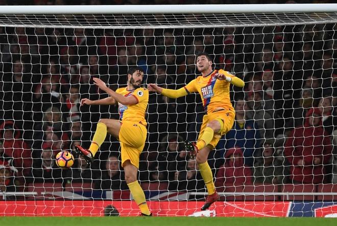 Tran Arsenal vs Crystal Palace anh 11