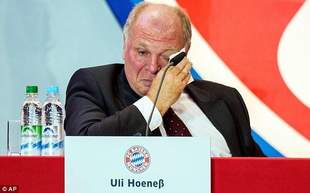 Lanh dao Bayern che CLB Trung Quoc chi tien benh hoan hinh anh 1