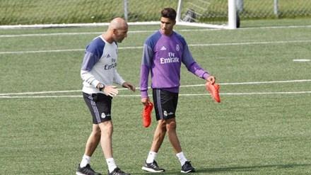 Zidane trao co hoi cho hai tai nang tre anh 1