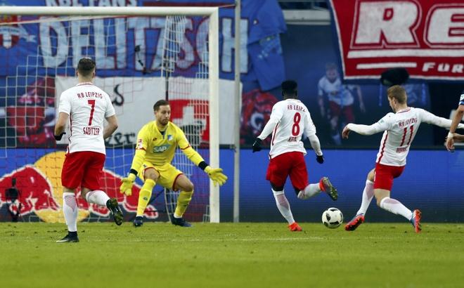 Leipzig ha guc doi bat bai cuoi cung cua Bundesliga hinh anh 3