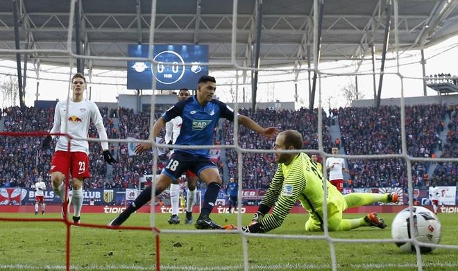 Leipzig ha guc doi bat bai cuoi cung cua Bundesliga hinh anh 2