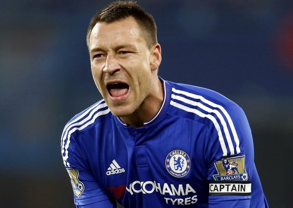 Terry bay to uoc muon ky la o Chelsea hinh anh
