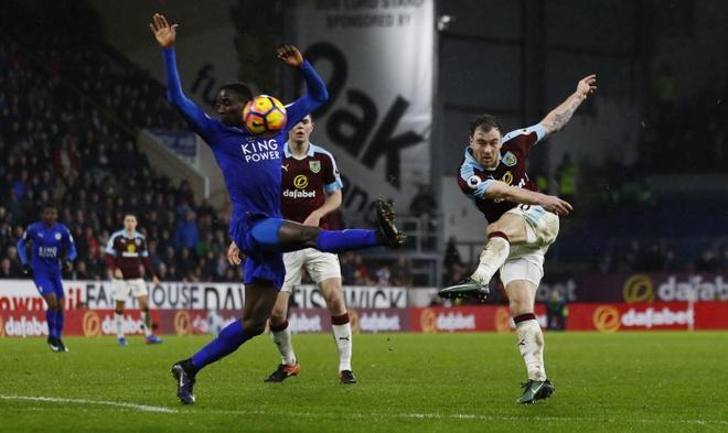 tran Burnley vs Leicester anh 1