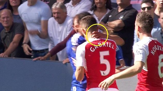 Tran Chelsea vs Arsenal anh 4