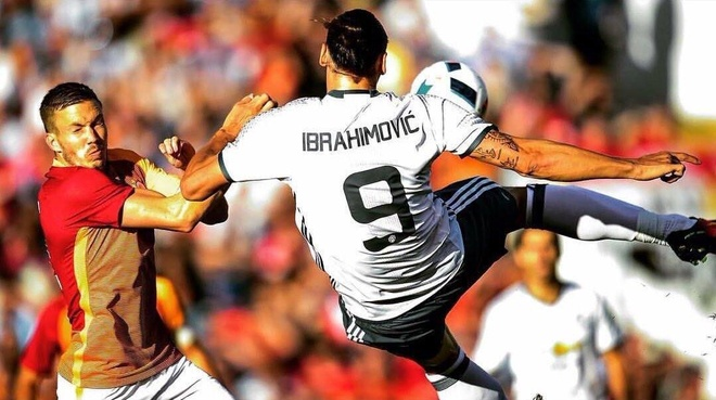 Ibrahimovic lap 7 ky luc tu khi den MU hinh anh 1