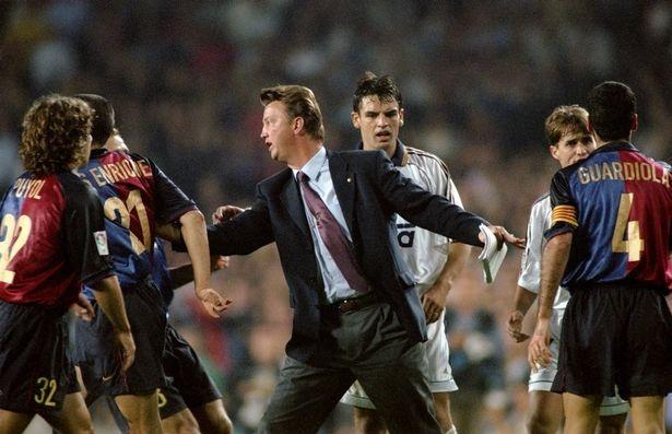 Bao dong cho Ranieri: 7 HLV bi sa thai du duoc tin nhiem hinh anh 6