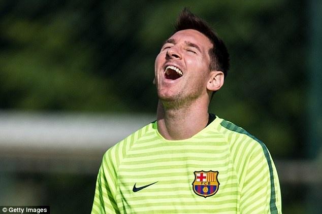 Messi - con ac mong cua huan luyen vien PSG hinh anh