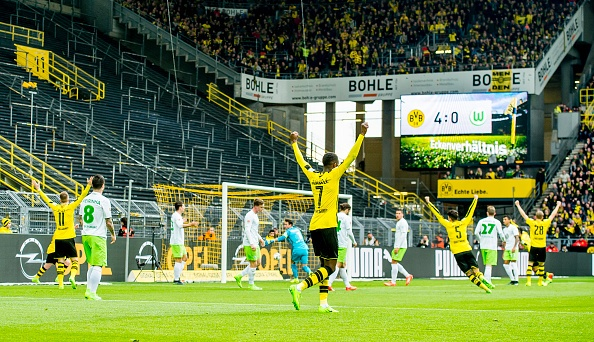 Bayern hoa nghet tho nho ban thang phut 90+6 hinh anh 9