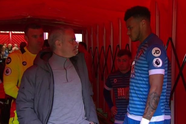 Mourinho 'dan mat' cau thu giam len dau Ibrahimovic hinh anh 2