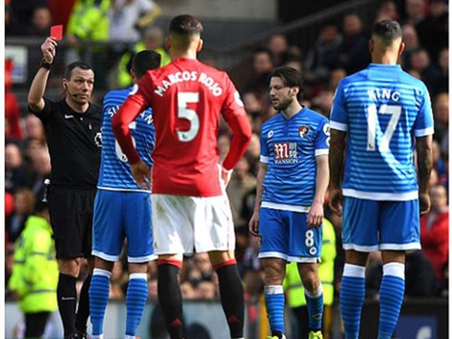 Mourinho 'dan mat' cau thu giam len dau Ibrahimovic hinh anh 7