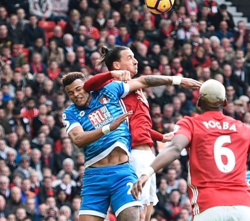 Mourinho 'dan mat' cau thu giam len dau Ibrahimovic hinh anh 6