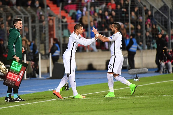 Benzema canh tinh Mbappe anh 1