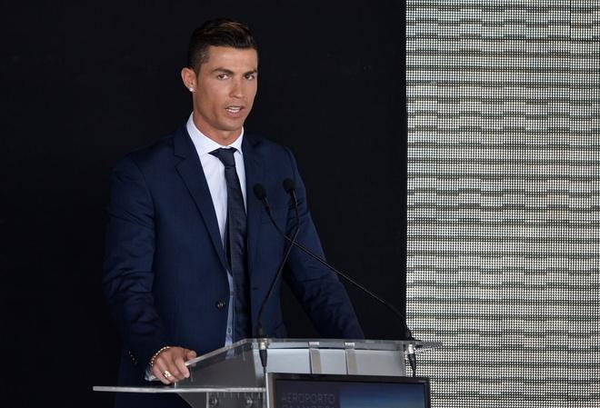 le doi ten san bay Madeira thanh Ronaldo anh 3