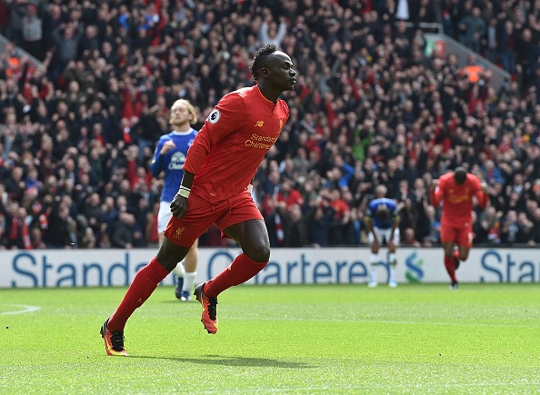 'Diep vien 007' den xem Liverpool da bai Everton hinh anh 4